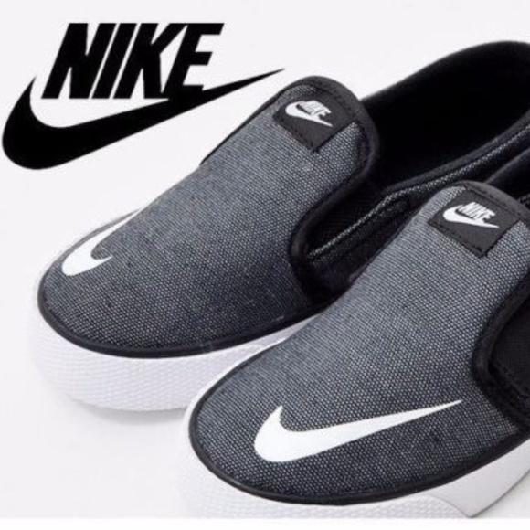 reputable site 787bc ffc7e Nike Toki Slip-On CVS (TDV) Toddler Shoes 7C. M 5bf1c0068ad2f965b39f8bff